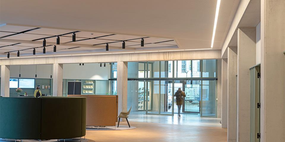 Circulaire verlichting in Antwerp Management School