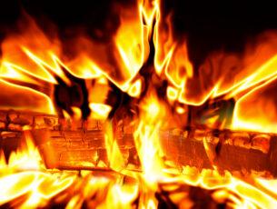 light-log-flame-fire-campfire-bonfire-624524-pxhere