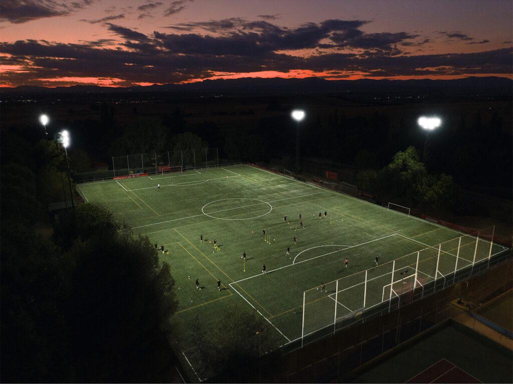 asset-13023638_application_pictures_campo_de_fútbol_cobeña_retouched[2]